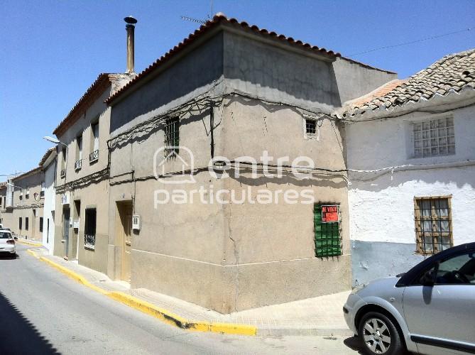 Casa de pueblo en venta. 25000 euros.