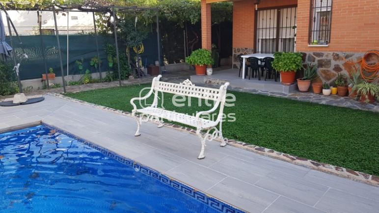 Magnifico chalet con piscina privada