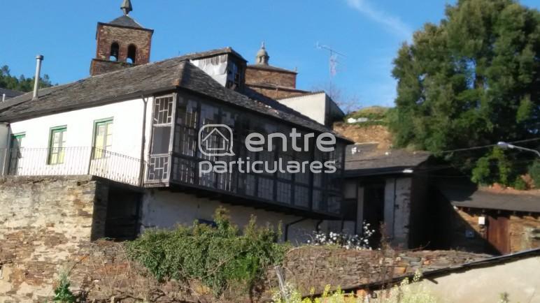 Vendo Casa de Pueblo en Montefurado