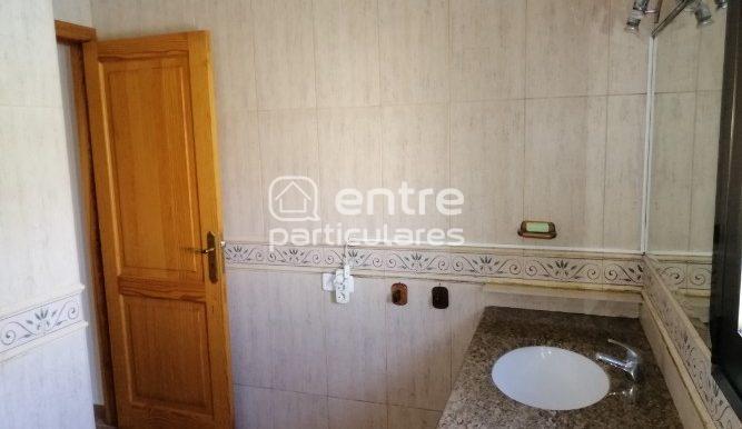 21-baño 2 en suite