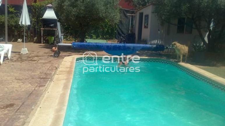 Chalet con piscina cerca de Alcala de Henares
