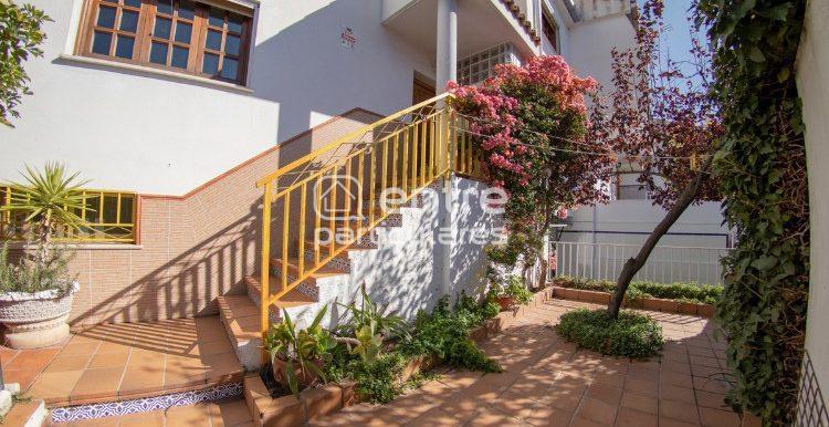 entrada escaleras 2