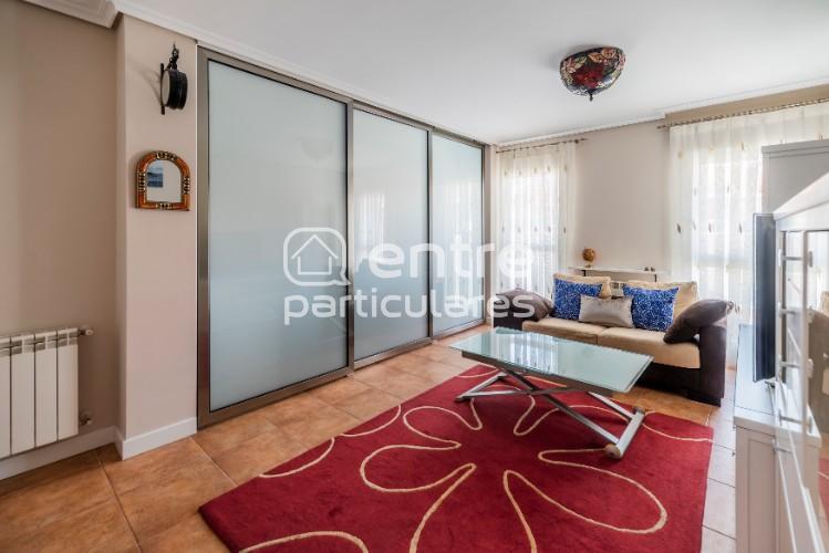 Moderno y luminoso apartamento en El Alisal