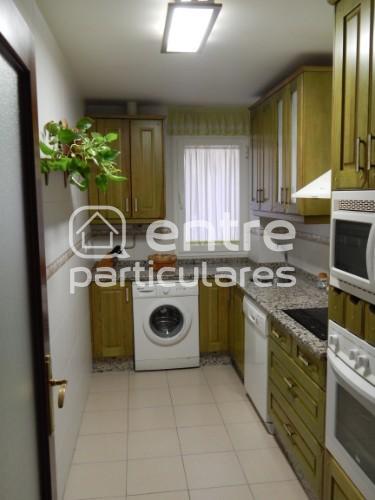 Piso de 3 habitaciones en Avda. Clara Campoamor
