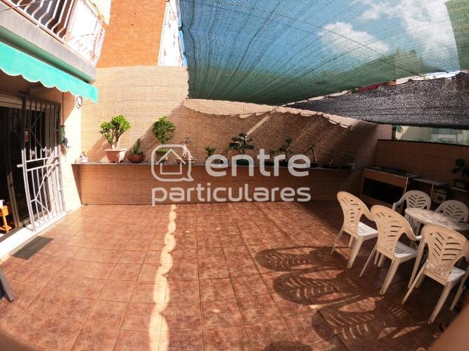 Amplio bajo totalmente exterior con terraza