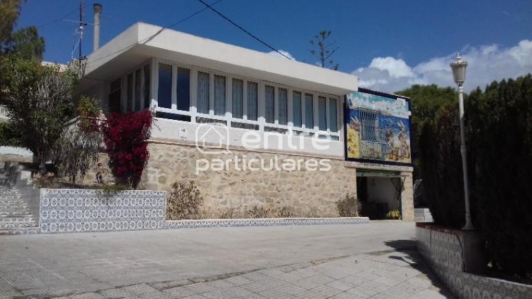 Chalet de 195m2 en Lanuza-El Campello