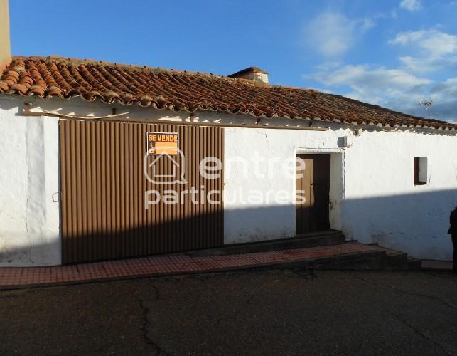 Venta de casa rústica en Nogales (Badajoz)