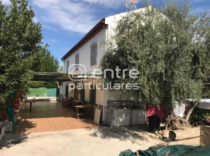 Se vende preciosa casa-chalet en Puente Jontoya