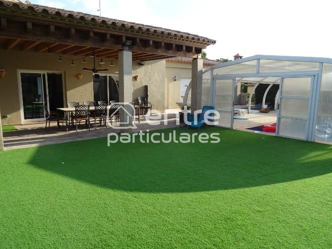 Gran casa con piscina cubierta y jacuzzi