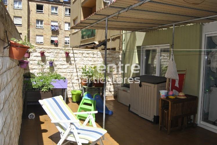 Se vende piso con terraza de 25m2 totalmente refor