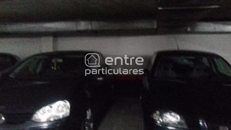 Alquilo plaza garaje,coche pequeño o mediano 70 €