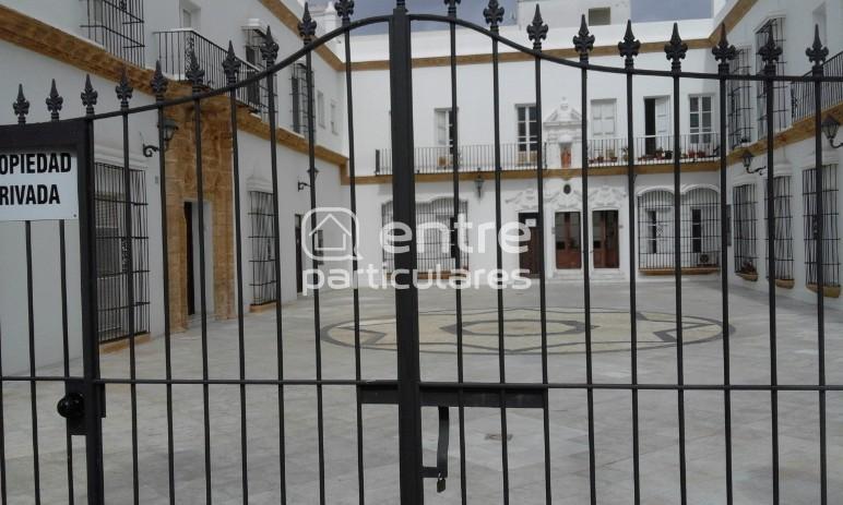 venta piso calle Real , Patio Cambiazo .
