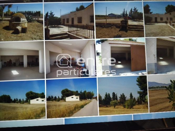 Se vende terreno con casa a reformar