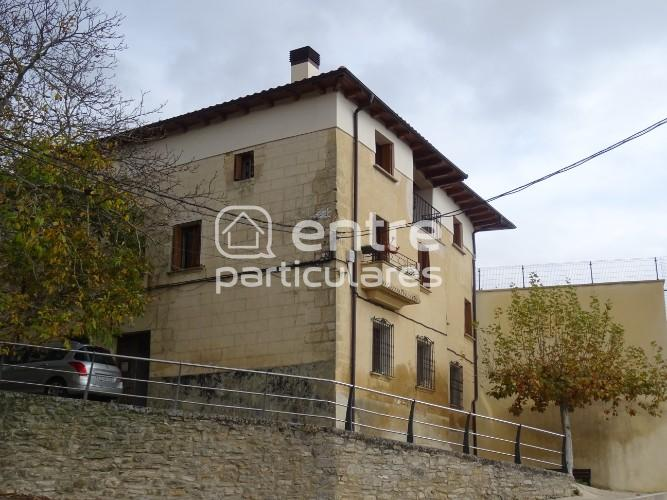 SE VENDE casa REHABILITADA en Valle de Yerri