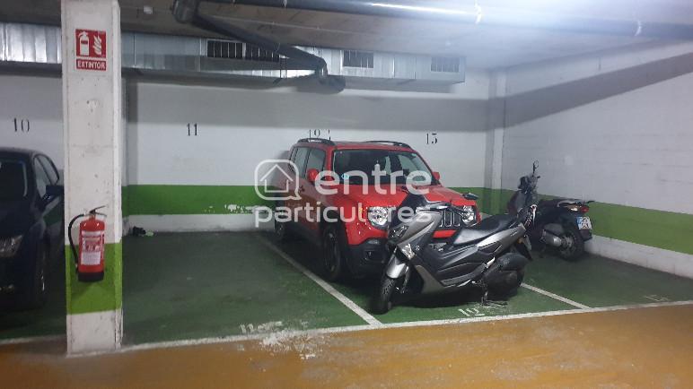 Parking en calle de Josep Estivill,  ,, BARNA