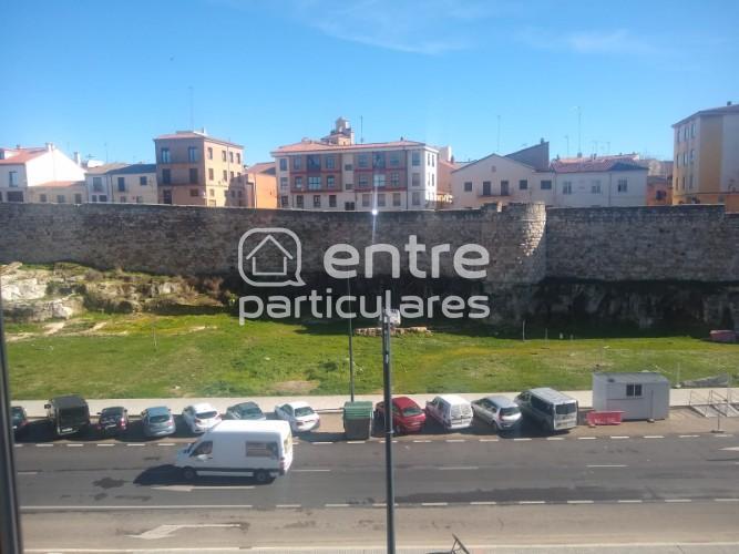 Piso en Avenida la Feria, Zamora
