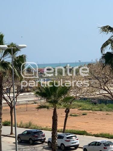 Se vende piso en parque litoral