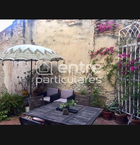 Se alquila bonita habitación en Sevilla