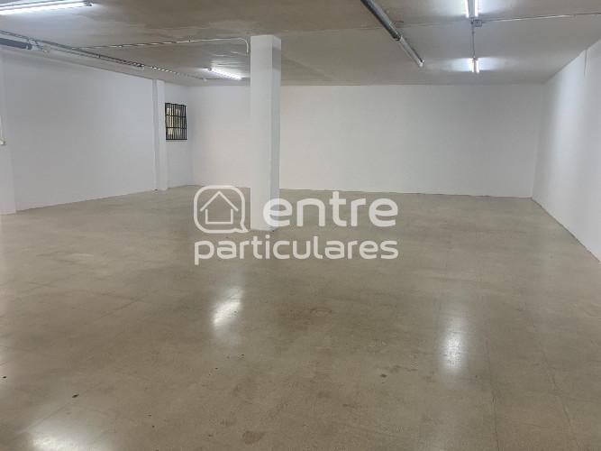 FANTÁSTICO LOCAL 303 m2 ÚNICO EN ZONA