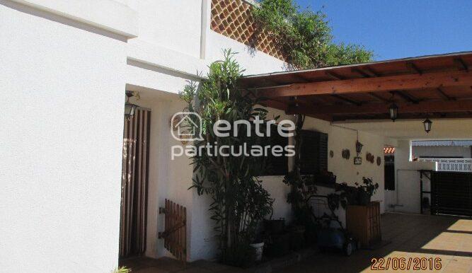 Vista interior cochera y porche Calle Sardinero nº3 (16)(1)